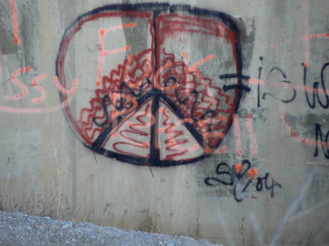graffiti at sheep creek bridge