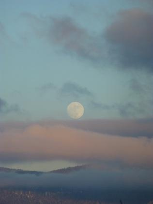 Moonrise Over Silver Star Mountain