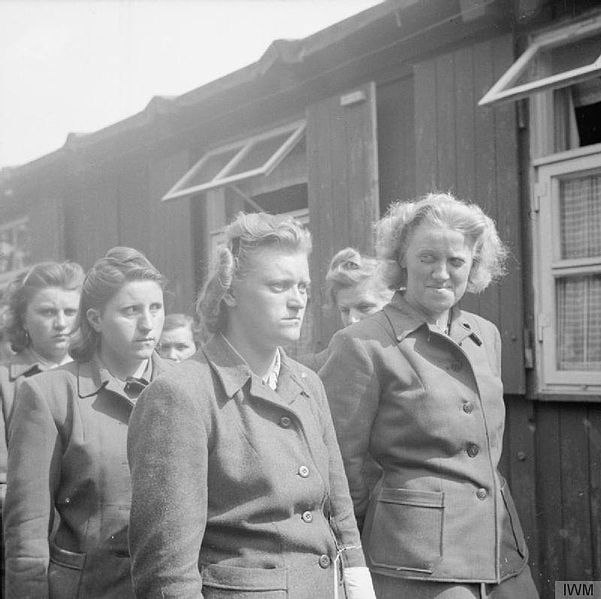 601px-SS_women_camp_guards_Bergen-Belsen_April_19_1945