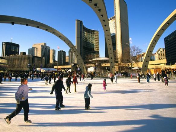 toronto-phillips-square_2644_600x450
