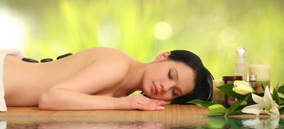 Wellness-Wasser-weiße-Orchidee-899-780x356