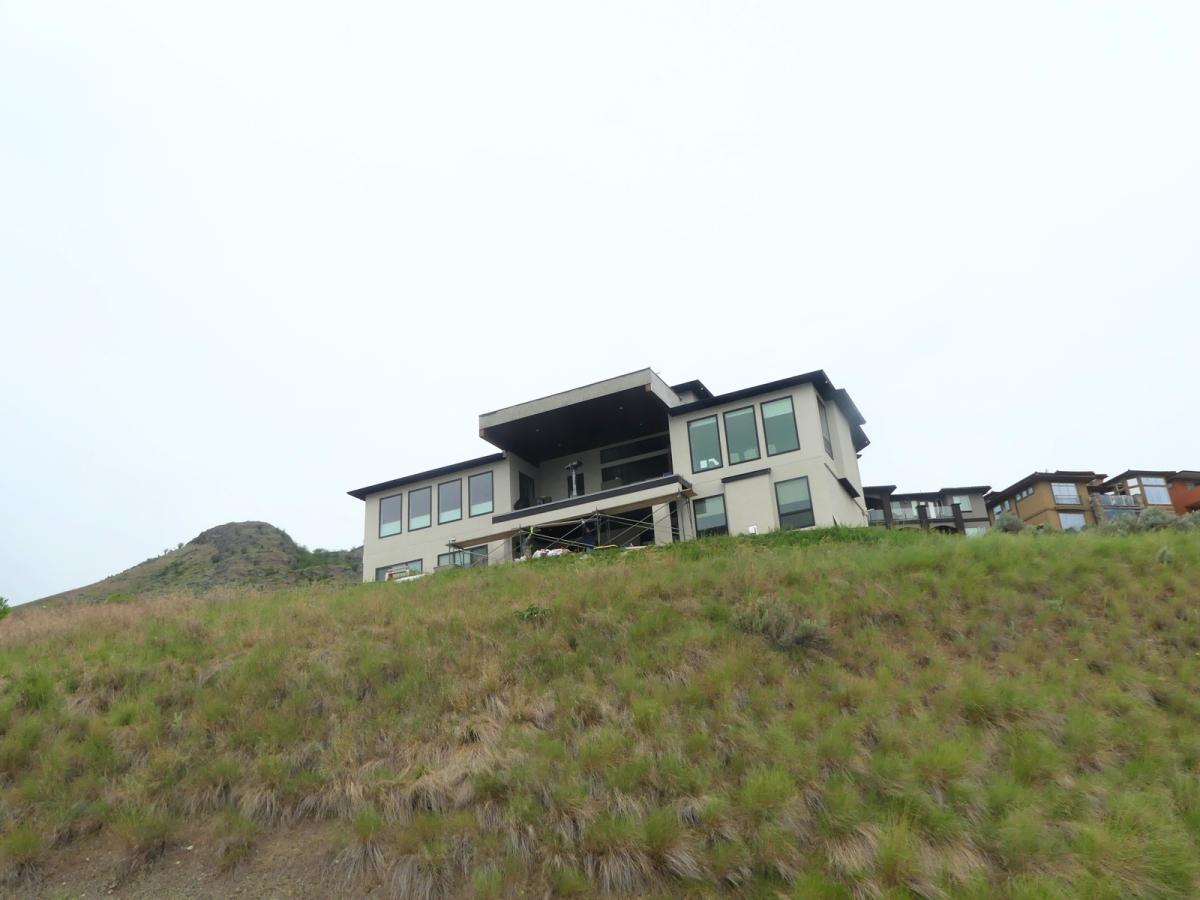 $1,000,000 Bird House